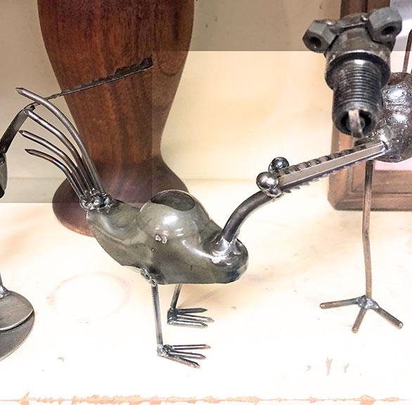 Metal sculpture of a bird made by Lee Washington, Delta Artist